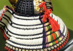青森 櫛引八幡宮所蔵 国宝模写 褄取白糸縅大鎧 兜飾り