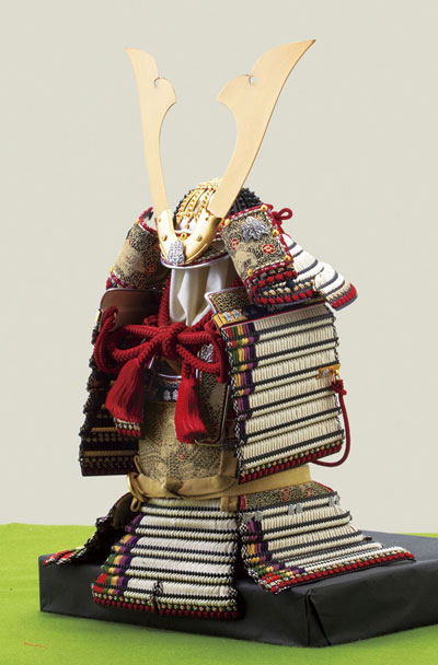 青森 櫛引八幡宮所蔵 国宝模写 褄取白糸縅大鎧