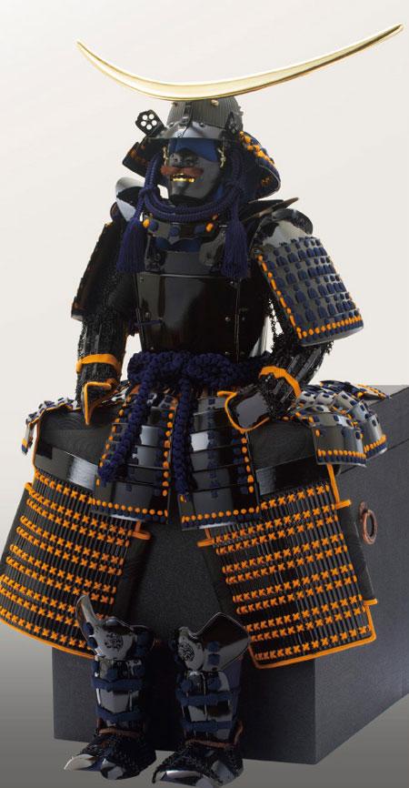 五月人形・戦国武将 伊達政宗公 黒漆五枚胴具足模写鎧兜