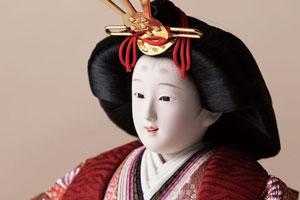 雛人形・京九番親王五寸官女付焼杉三段飾りセット No3021 女雛のお顔