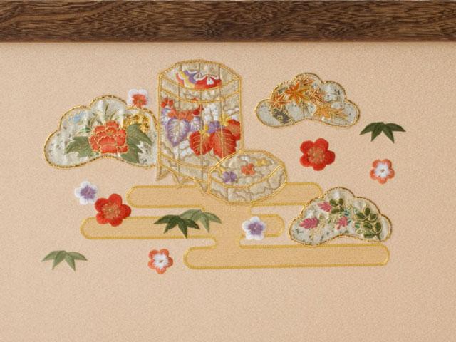 京八番S親王六寸官女付衣装着焼桐三段飾りの雛人形 No3032 ひな屏風