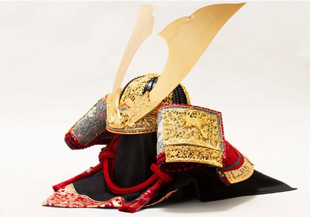 五月人形・春日大社所蔵 国宝『竹に虎雀』金物赤糸威大鎧模写三分の二 兜飾り No310A 兜の部分