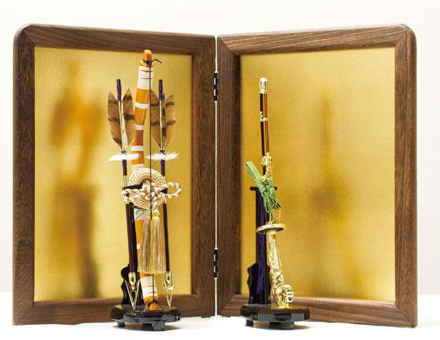 人気の焼桐飾り台・屏風に弓太刀