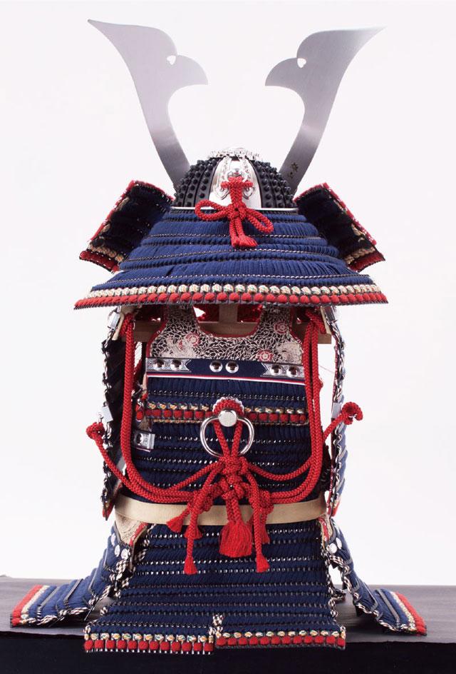五月人形・厳島神社所蔵 国宝模写 紺糸威模写鎧平台飾り No321F 鎧の背面