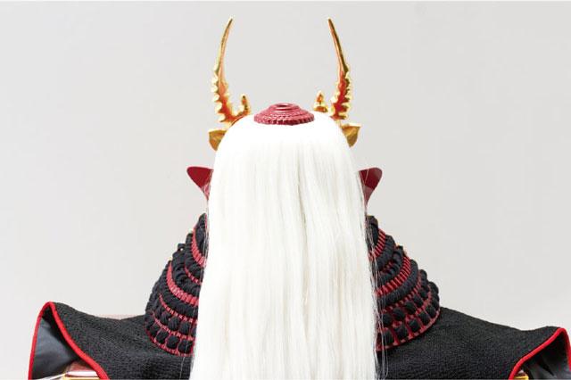 五月人形・武田信玄公創作兜(歯噛前立)陣幕飾りNo4193 兜の背面