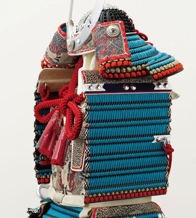 五月人形・国宝模写 厳島神社所蔵 浅葱糸威大鎧模写平台飾り No321 大鎧の兜と大袖の部分