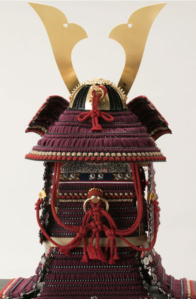 五月人形・国宝模写 愛媛 大山祇神社所蔵 紫糸威大鎧飾り No321K 大鎧の背面