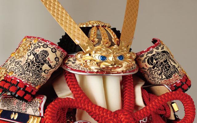 五月人形・春日大社所蔵 国宝模写紅糸威  梅飾りの大鎧 321L 兜の部分