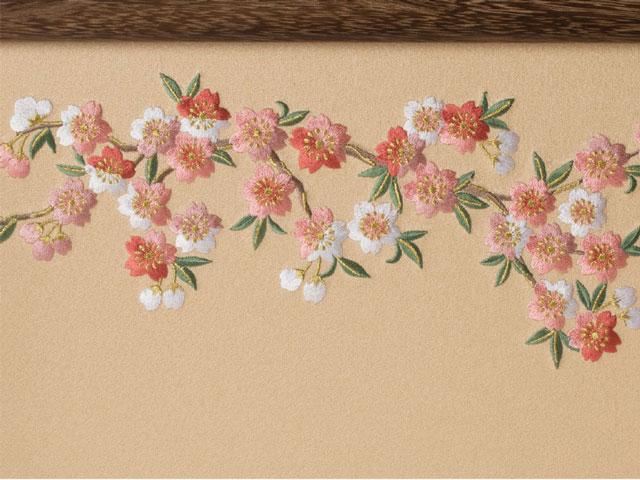 雛人形・京小十番親王焼桐平台飾り No1009B 桜の刺繍の雛屏風