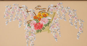金彩刺繍の豪華な京八番親王 焼桐高床台飾