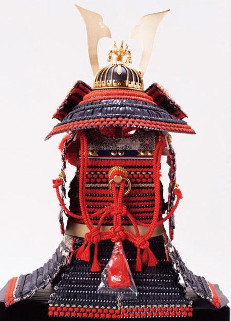 五月人形 広島 厳島社所蔵 重要文化財 黒韋威肩紅の大鎧模写鎧飾り No321Iの背面