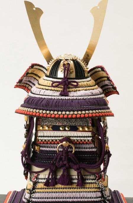 東京 御岳神社所蔵 重要文化財 紫裾濃威大鎧模写 鎧兜飾りNo321-G