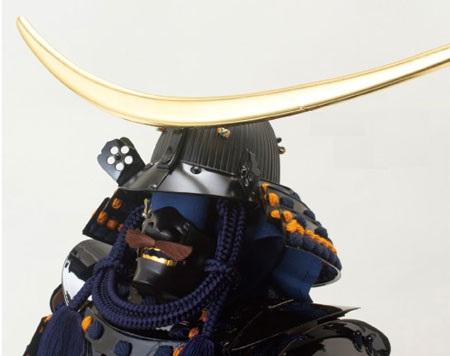 五月人形(戦国武将・伊達政宗)黒漆五枚胴具足模写鎧飾り No3221