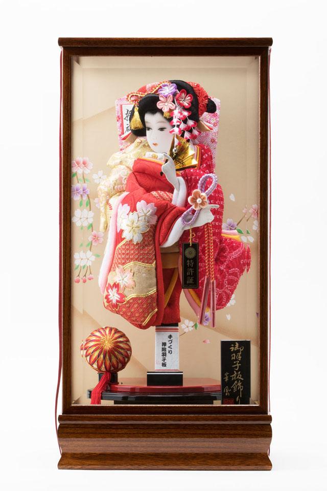 女児の初正月飾りの御祝いは羽子板飾り