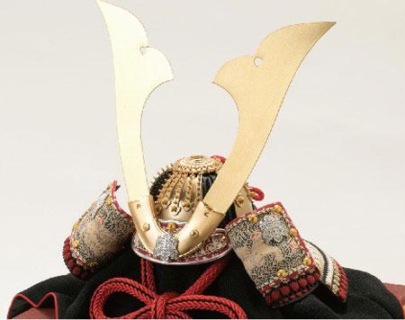 五月人形・青森 櫛引八幡宮所蔵 国宝模写 褄取白糸縅 兜飾り No311-C