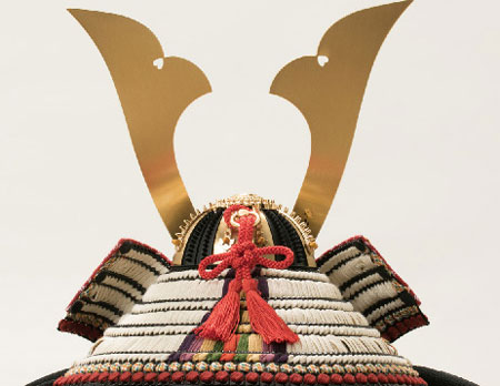 青森 櫛引八幡宮所蔵 国宝模写 褄取白糸縅 兜飾り No311-C