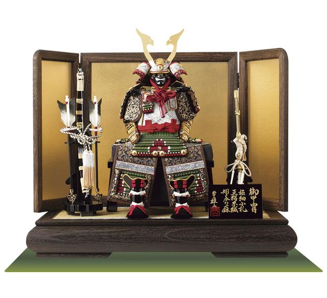 五月人形・黒小札萌葱糸逆沢瀉威鎧ミニ焼桐平台飾りNo3214セット