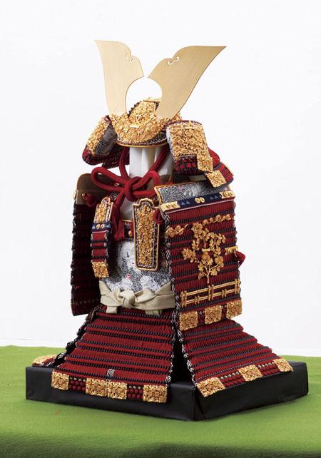 五月人形・国宝 櫛引八幡宮 赤糸威 菊一文字の大鎧模写  No321-B