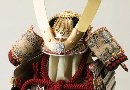 五月人形・櫛引八幡宮所蔵 国宝模写 白糸威褄取鎧飾り  No321-C 兜