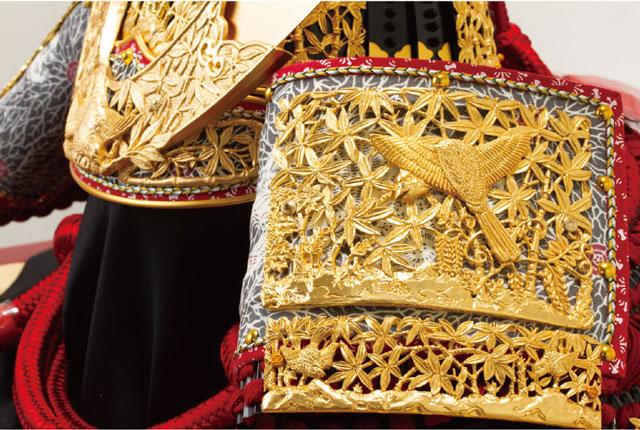 春日大社所蔵 国宝模写 『竹に虎雀』金物赤糸威収納台兜飾りNo310-A  兜の吹き返し