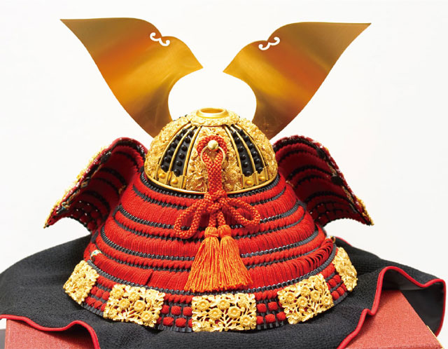青森 櫛引八幡宮所蔵 国宝模写 菊一文字金物赤糸威大鎧 兜飾り No311-B 兜の背面