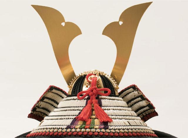 五月人形・国宝模写鎧兜 白糸威褄取り大鎧の兜平台飾り No311C 兜本体の背面