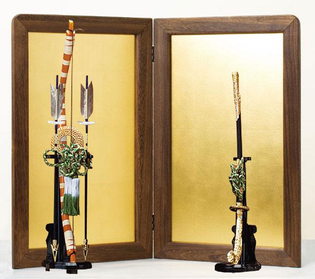 五月人形の平飾り台用屏風・弓太刀