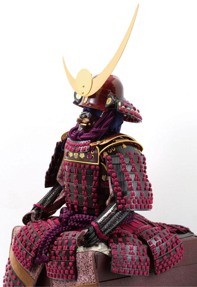 五月人形・上杉神社所蔵 山形県文化財 紫糸威胴丸具足模写 No3231 鎧本体の横姿