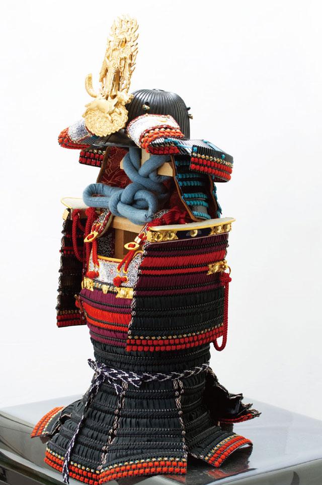 上杉神社所蔵 戦国武将上杉謙信公 色々目威腹巻具足模写 No3232 具足本体の横の姿