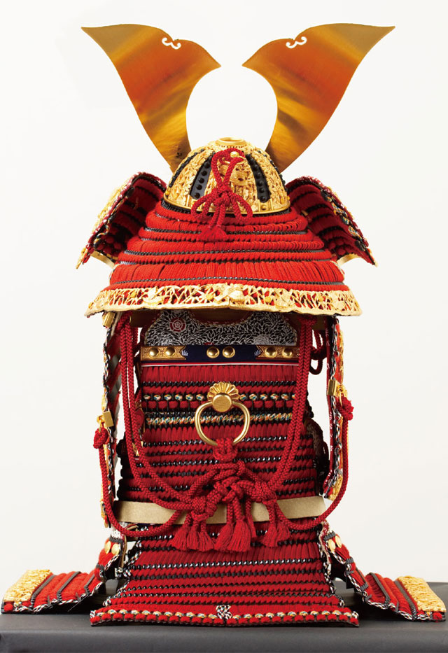五月人形・国宝模写鎧兜 赤糸威大鎧 竹に虎雀の大鎧  背面