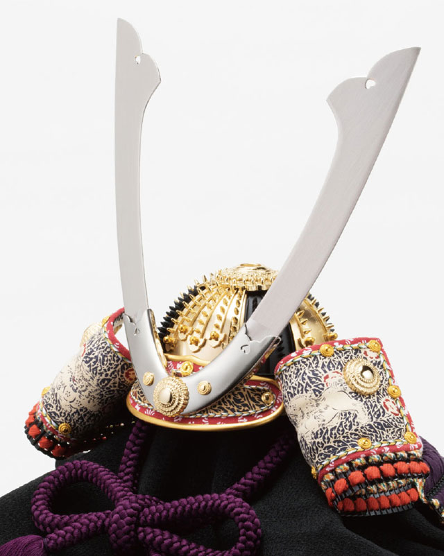 重文模写 紫裾濃威の大鎧の兜