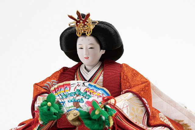 三段飾り・京十二番親王小柳官女付焼桐三段収納飾り No2996 女雛のお顔