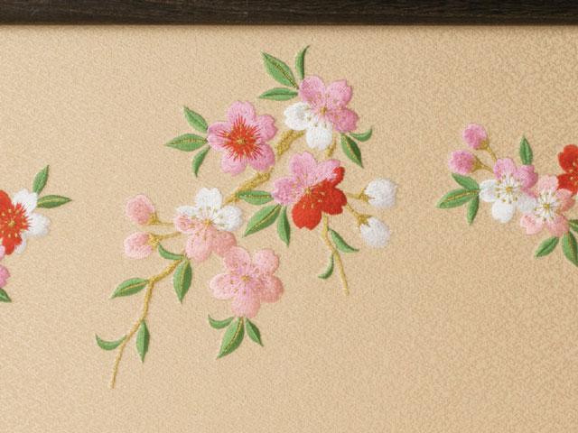 収納飾り・焼桐収納京小十番親王柳官女飾り No1019 雛屏風 桜の刺繍