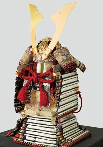 五月人形・青森 櫛引八幡宮所蔵 国宝模写 白糸褄取威之大鎧飾り  No321-C